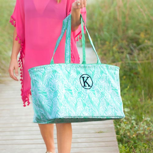 Beach bag with a monogram